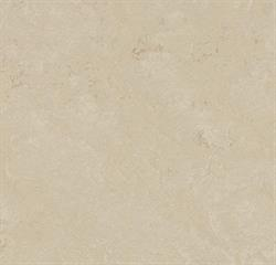 Forbo Marmoleum click Cloudy Sand i 60 x 30 cm.
